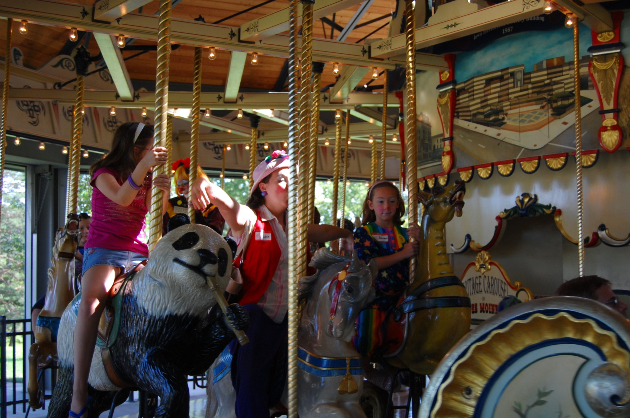 Clowns At The Carousel 2010 (024)