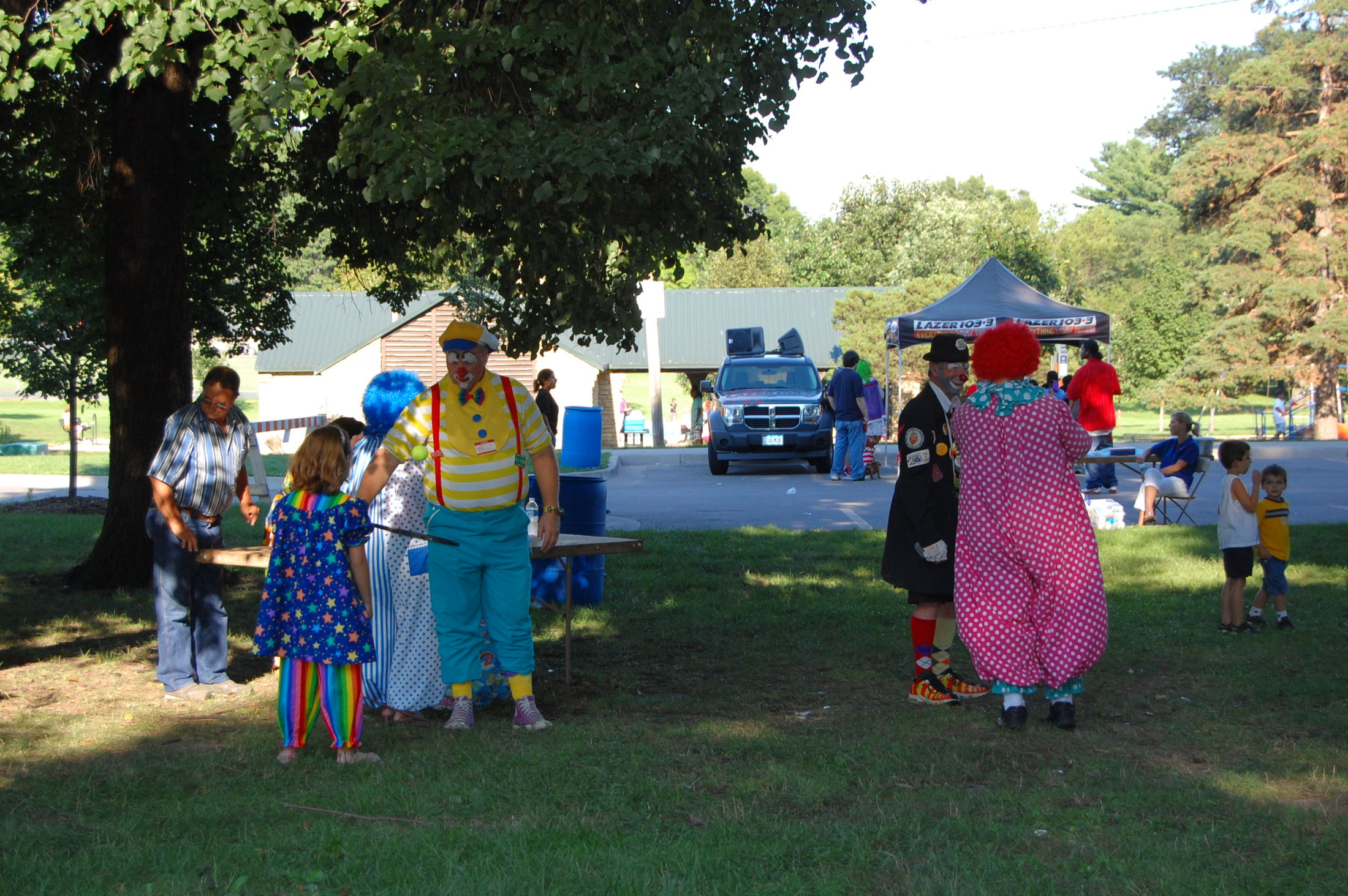 Clowns At The Carousel 2010 (039)