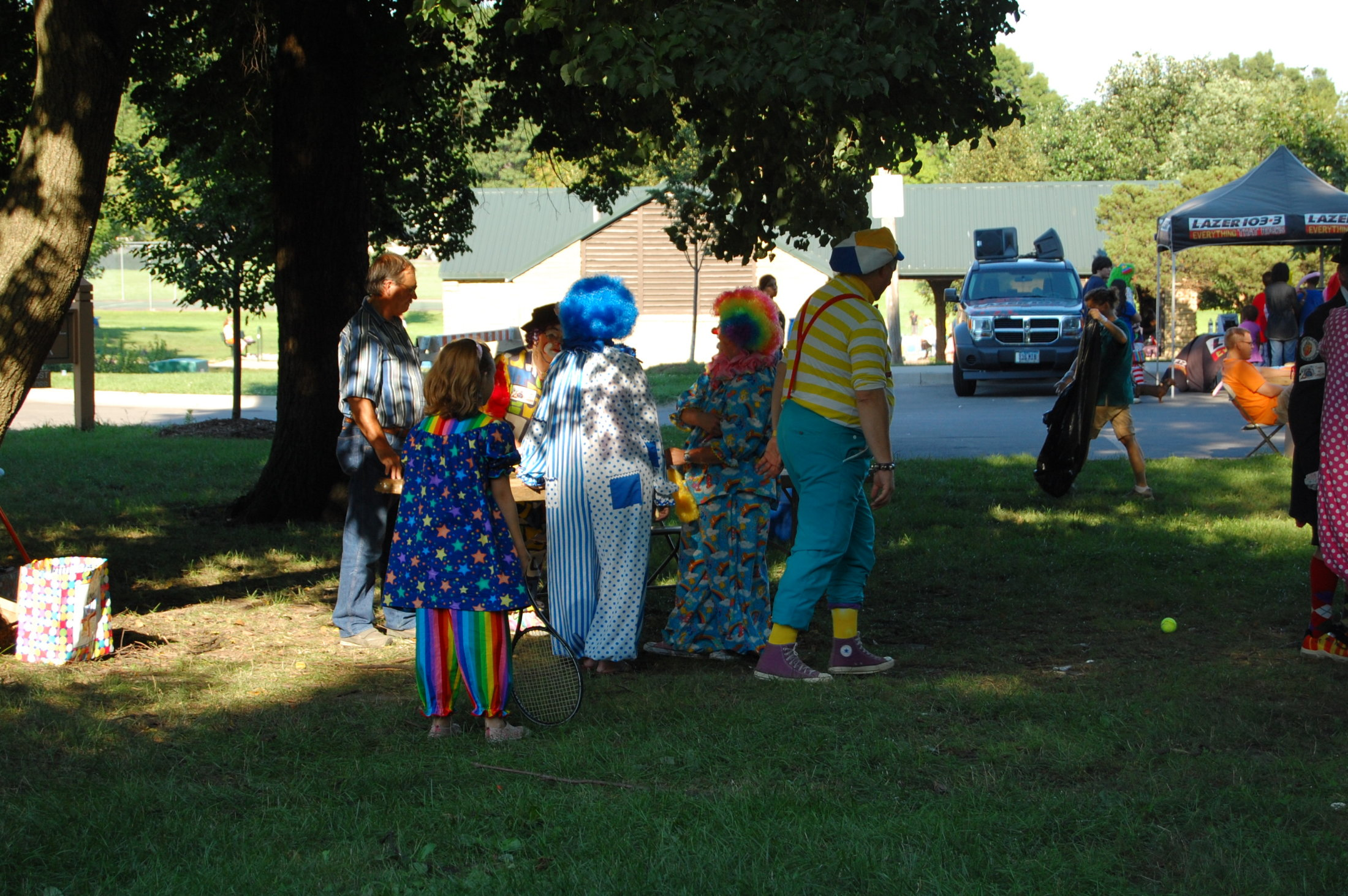 Clowns At The Carousel 2010 (041)