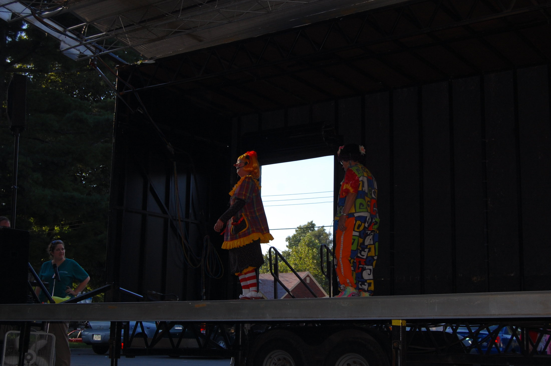 Clowns At The Carousel 2010 (056)
