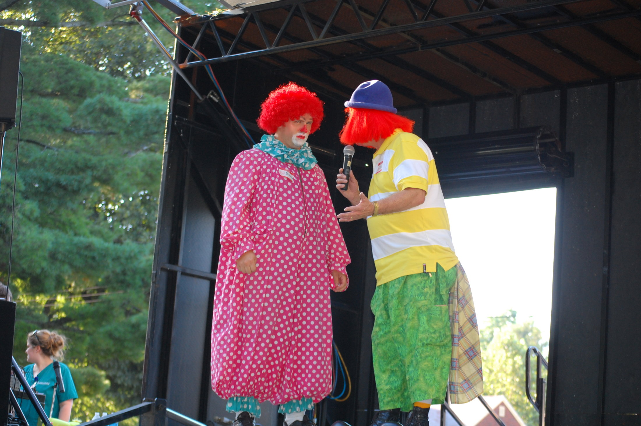 Clowns At The Carousel 2010 (059)