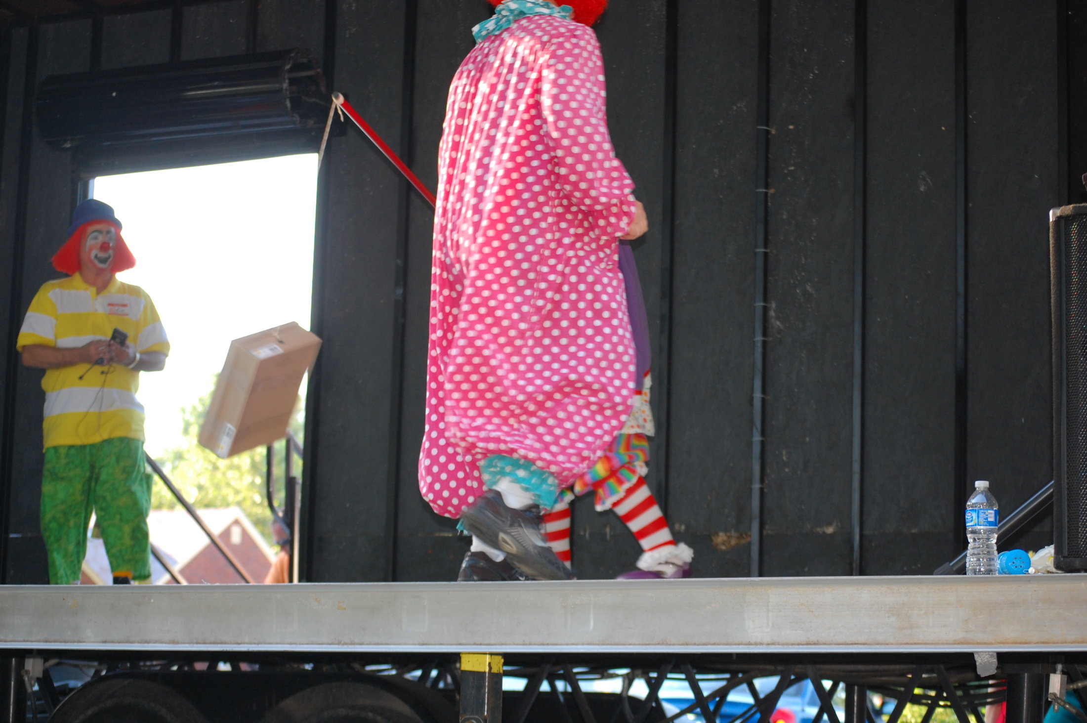 Clowns At The Carousel 2010 (061)