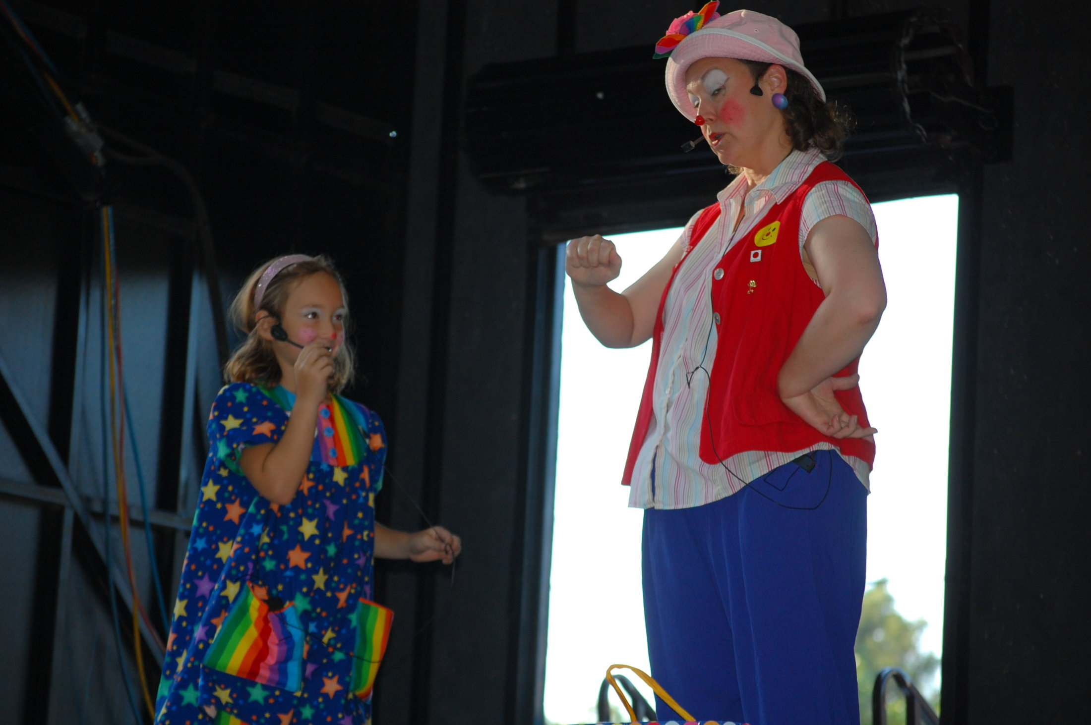 Clowns At The Carousel 2010 (068)
