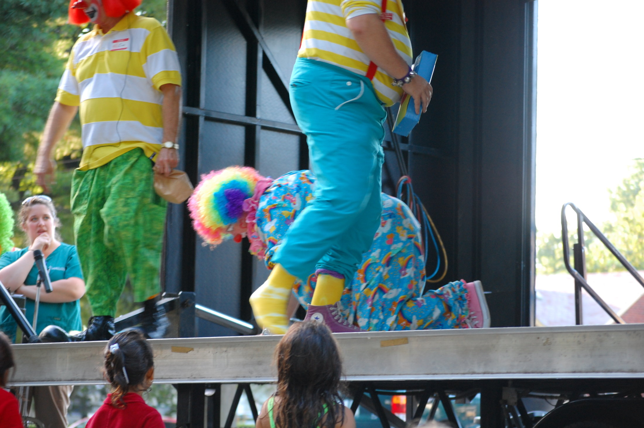 Clowns At The Carousel 2010 (082)