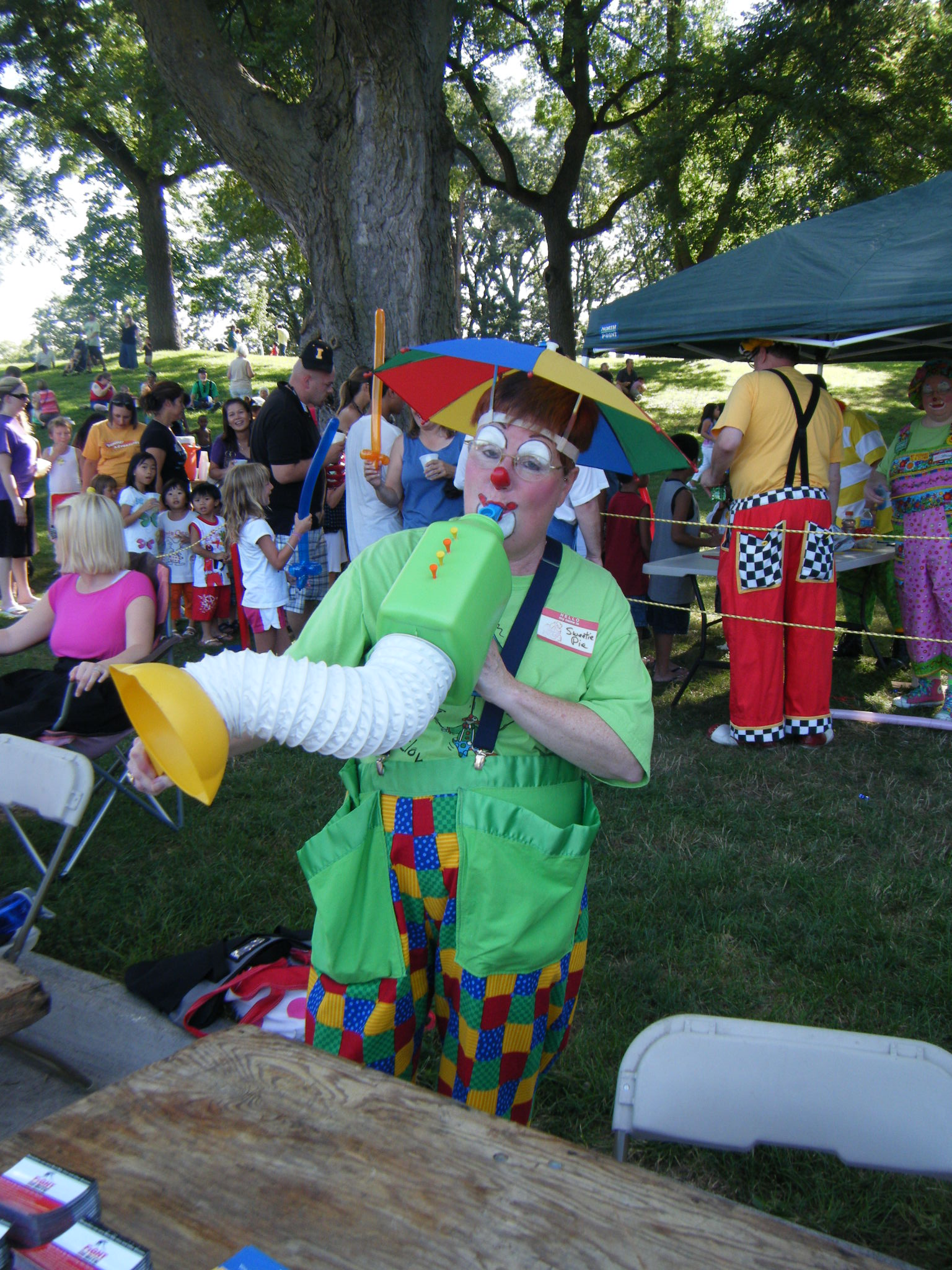 Clowns At The Carousel 2010 (128)