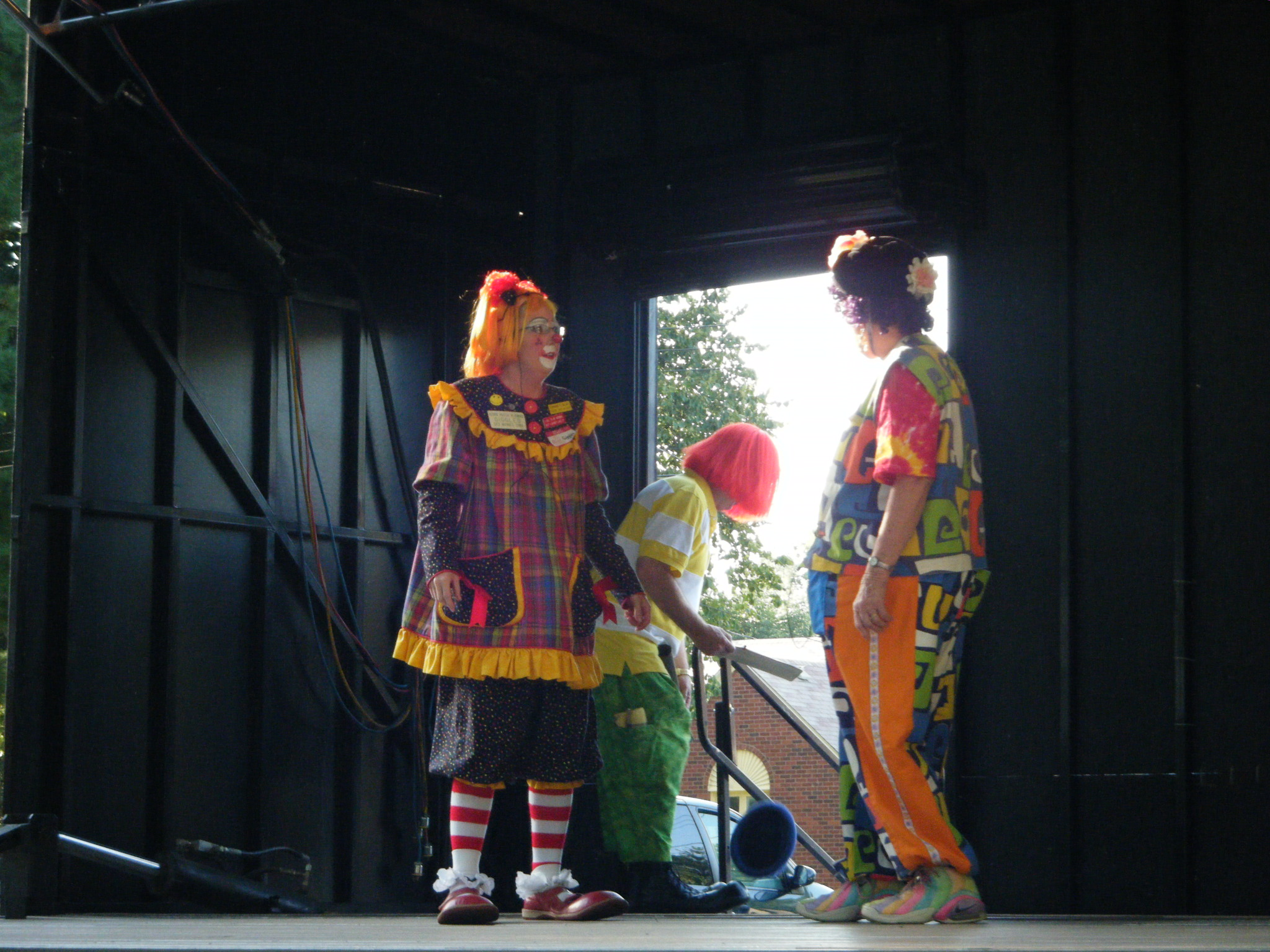 Clowns At The Carousel 2010 (145)